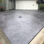 Having an edgy design to your concrete driveway